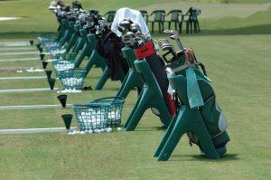 Cuánto cuesta jugar al golf